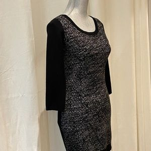 LE CHATEAU KNIT DRESS | Size Small - Like new